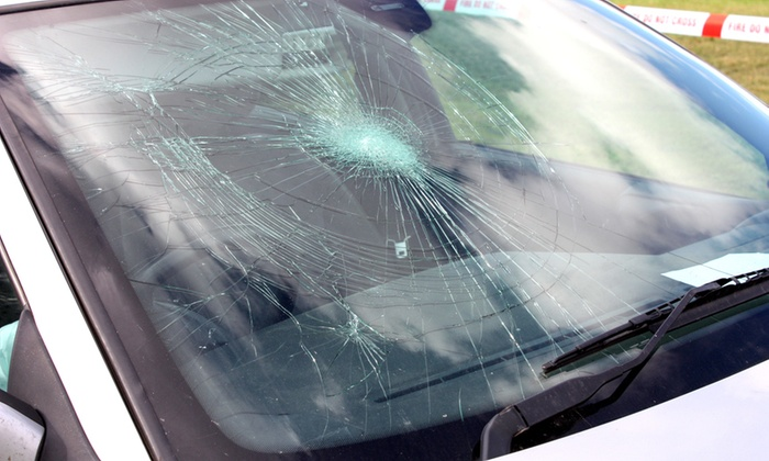 Broken Windshield – Repair or Replace